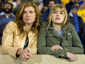 Connie Britton and Aimee Teegarden play mom and daughter, Tami and Julie Taylor.